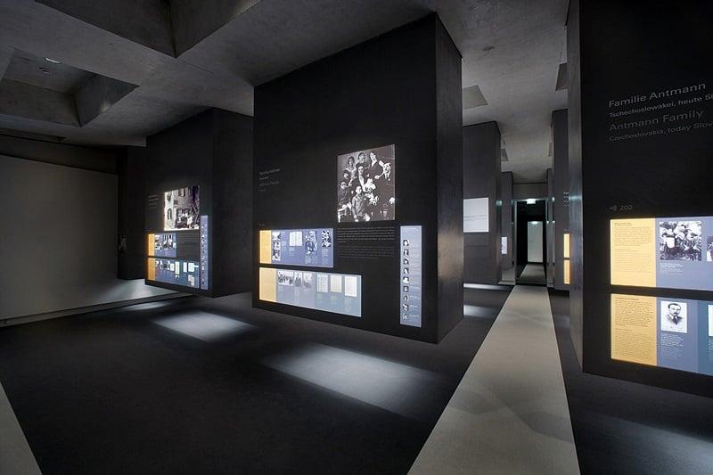 Parte subterrânea do Memorial do Holocausto
