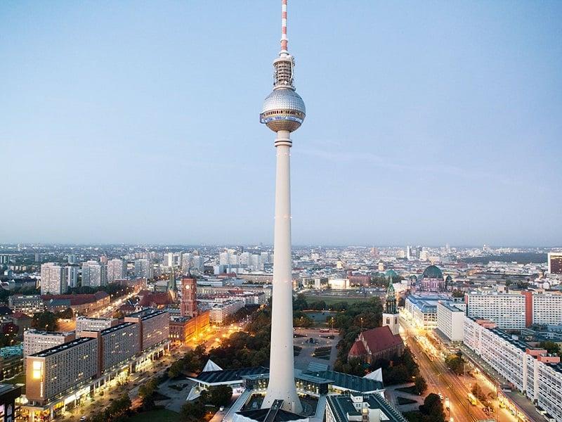 Informações importantes e de segurança para visitar a Torre Berliner