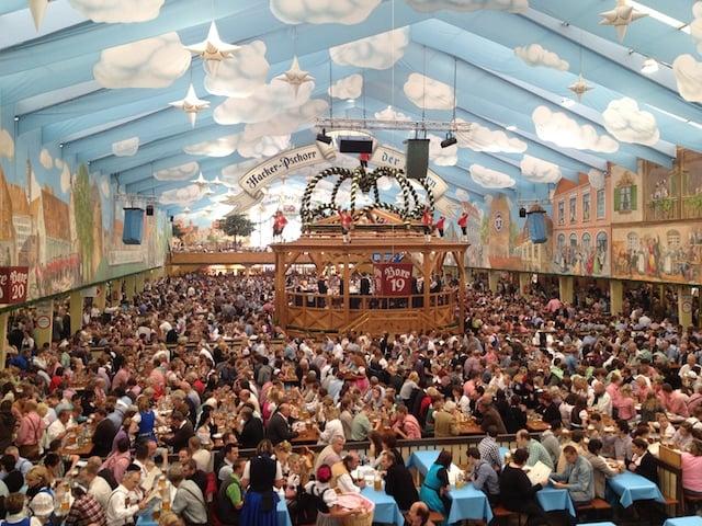 Oktoberfest em Munique no outono