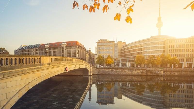 Paisagem do pôr do sol em Berlim