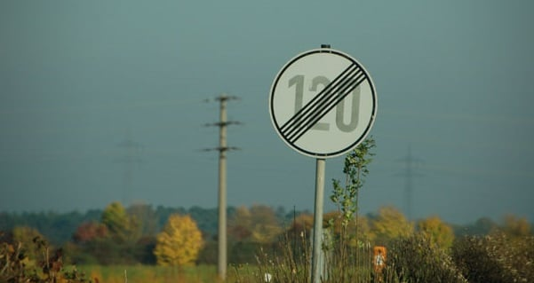 Velocidade nas Autobahns da Alemanha