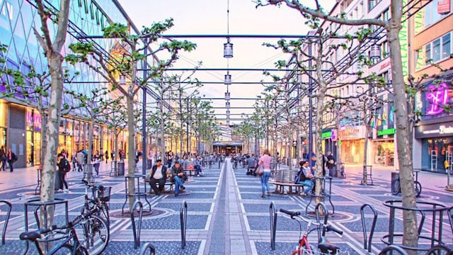 Rua Zeil em Frankfurt