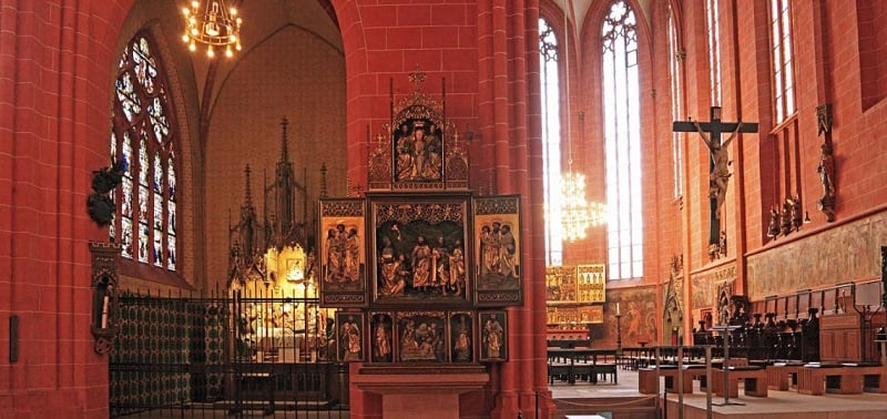 Interior da Catedral de Frankfurt