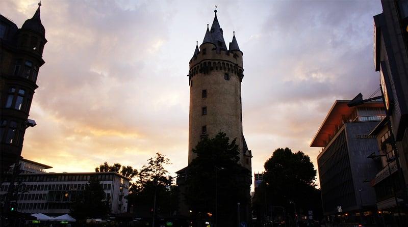 Torre Eschenheimer em Frankfurt