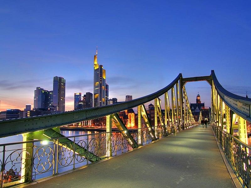 Eiserner Steg em Frankfurt