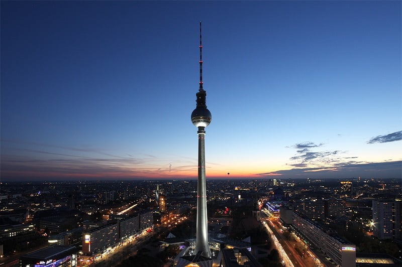 Berliner Fernsehturm em Berlim
