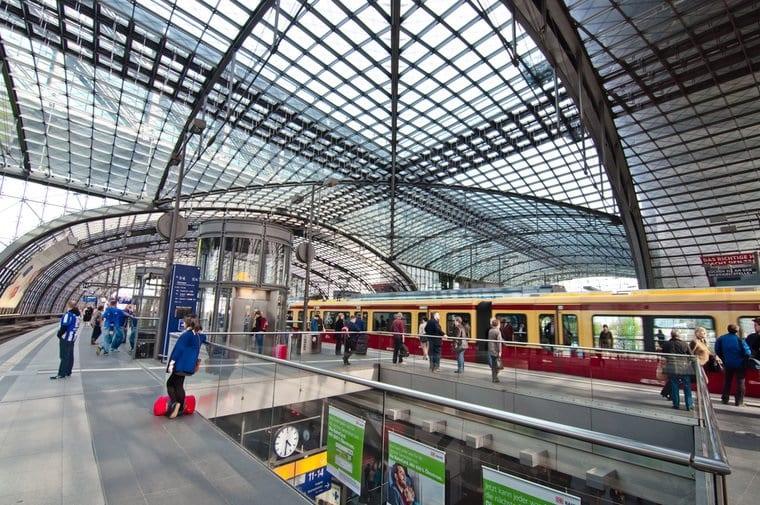 De trem de Hamburgo a Berlim