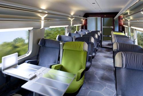 Interior do trem em Berlim