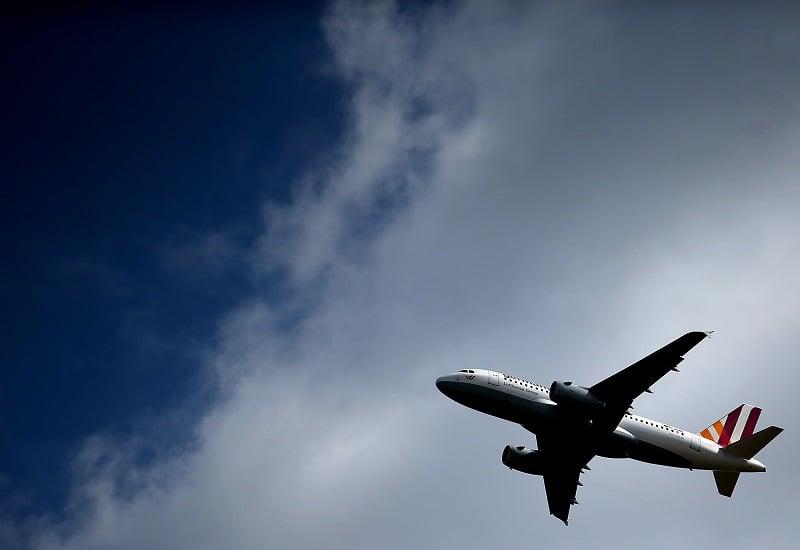 De avião de Colônia até Hamburgo