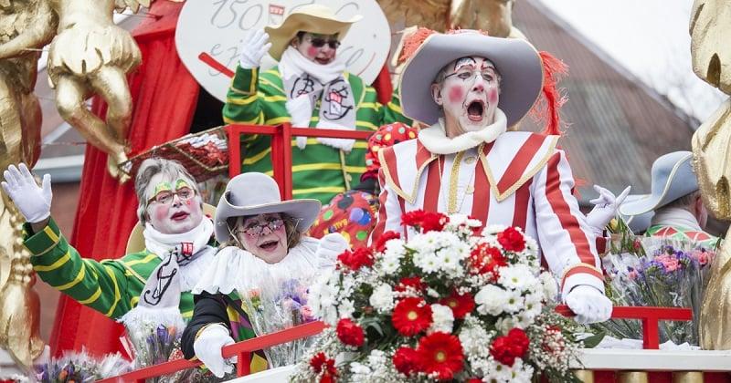 Apresentação de Carnaval em Berlim