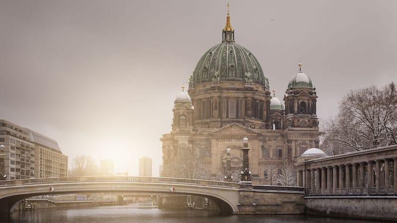 Catedral de Berlim no inverno