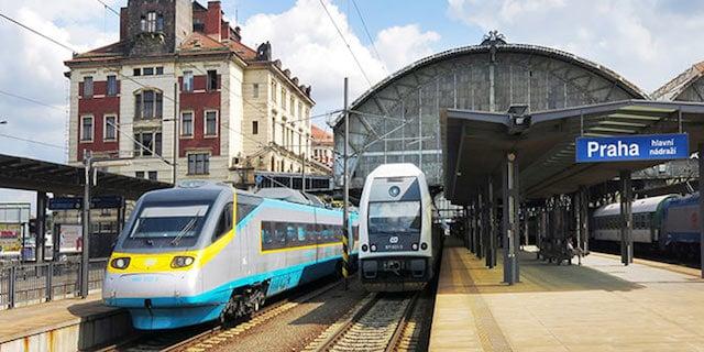 Estação de trem em Praga