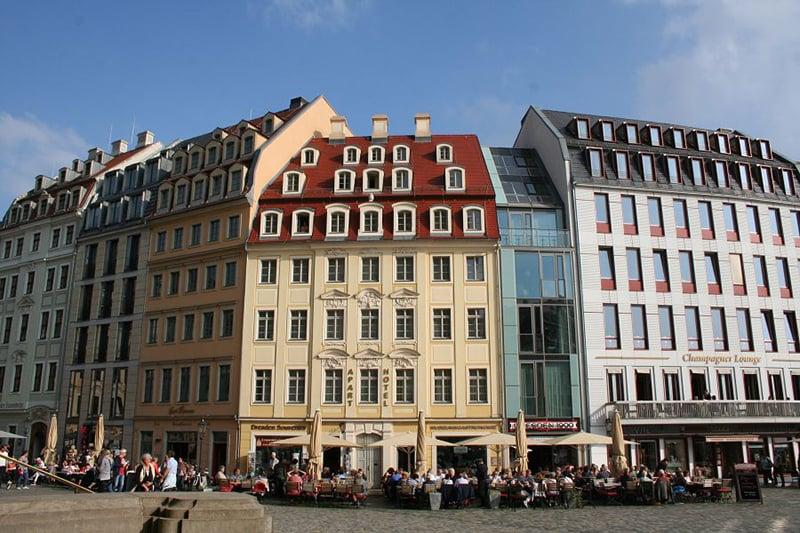Nova Praça do Mercado em Dresden
