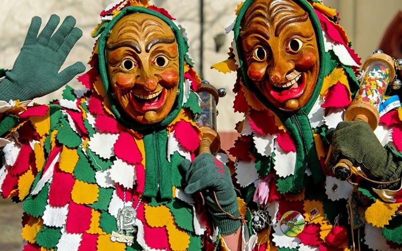 Celebração Swabian-alemannic Fasnacht na Alemanha