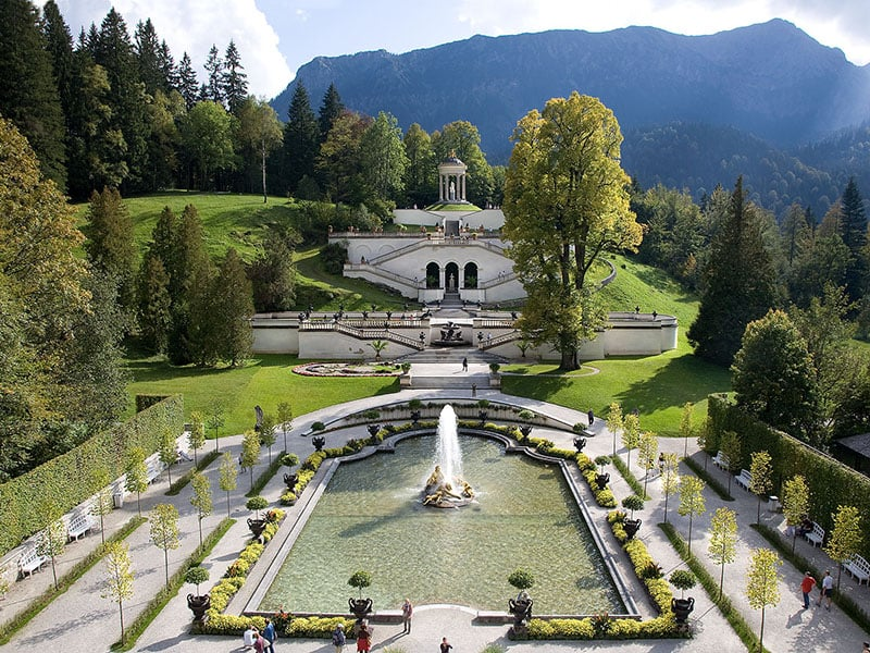 Linderhof Park no Palácio de Linderhof em Munique