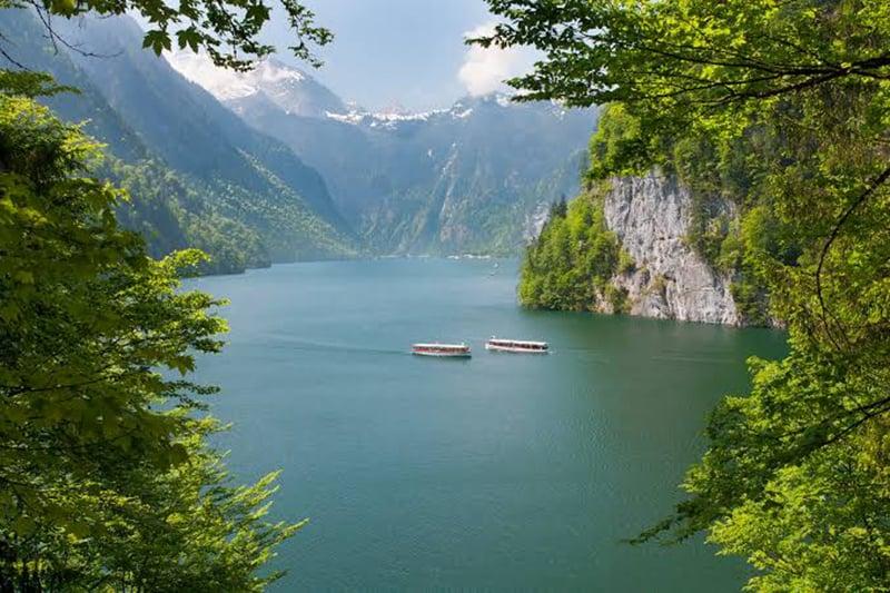 Passeio de barco pelo Lago do Rei em Munique
