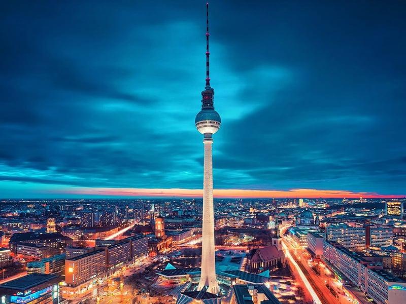 Noite na Torre de TV em Berlim