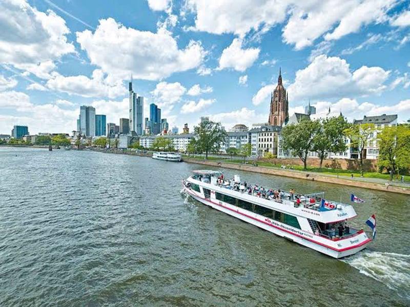 Rio Meno em Frankfurt