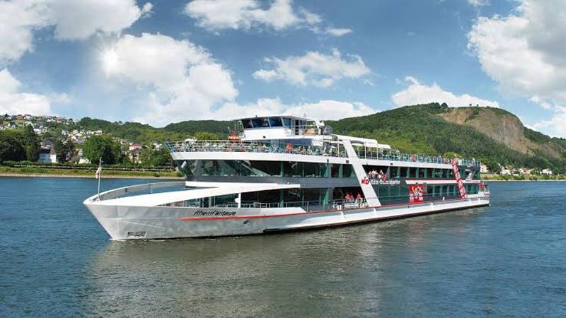 Estrutura do passeio de barco em Colônia