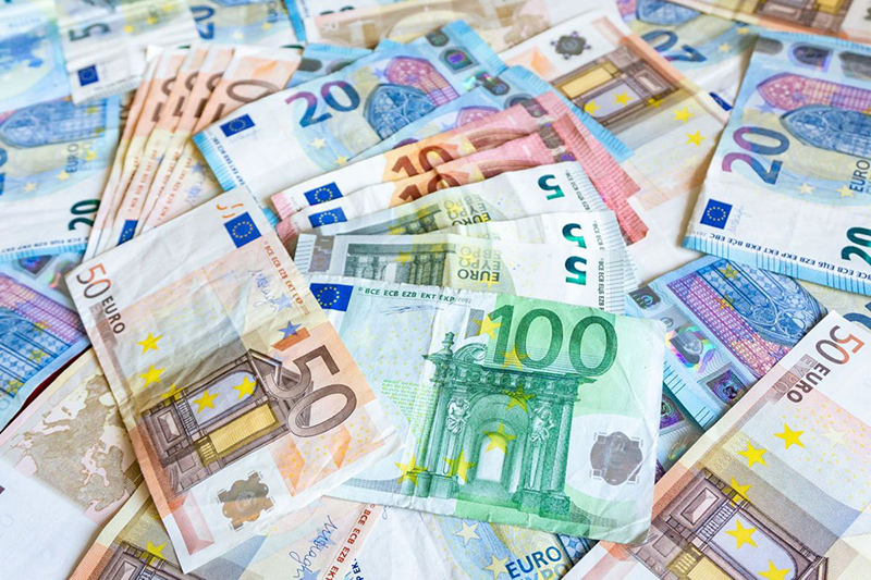 Euros em Frankfurt