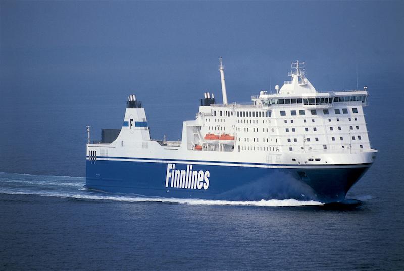 Ferry boat Finnlines na Alemanha