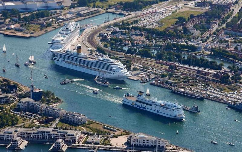 Porto de Rostock na Alemanha