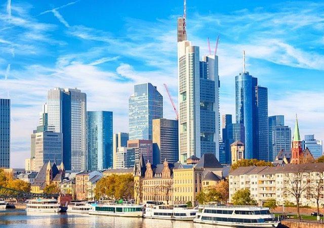 Meses de alta e baixa temporada em Frankfurt