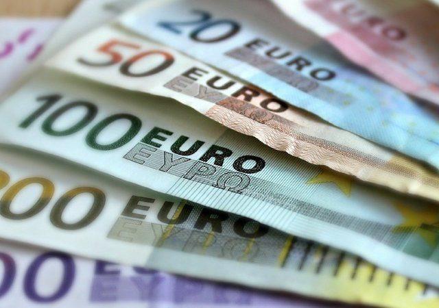 Notas de euro em Colônia